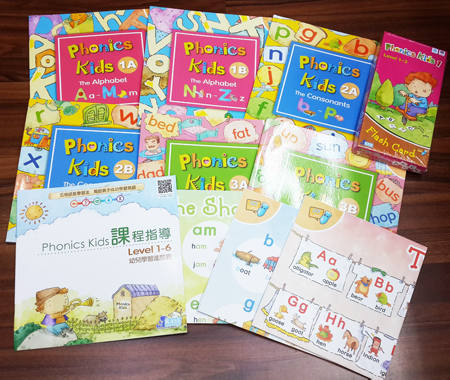 秒殺優惠版 Phonics Kids Level 1 -3 ( 6 Books + 3DVD + 3CD + 3 Posters+373 Flash Cards
