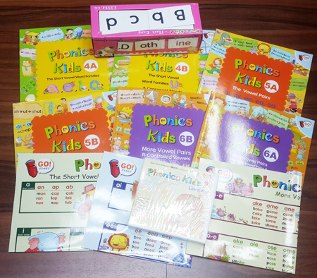 秒殺優惠 Phonics Kids Level 4-6 (6 Books + 6 DVDs + 6CDs + 3 POSTERs + 406 FLASH CARDs)